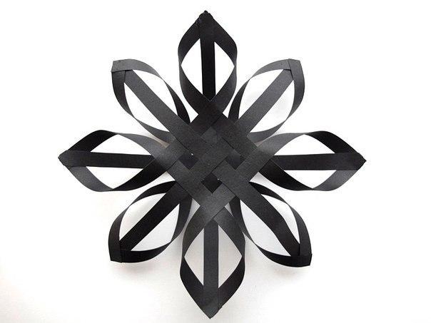 Объемные снежинки своими руками на новый год