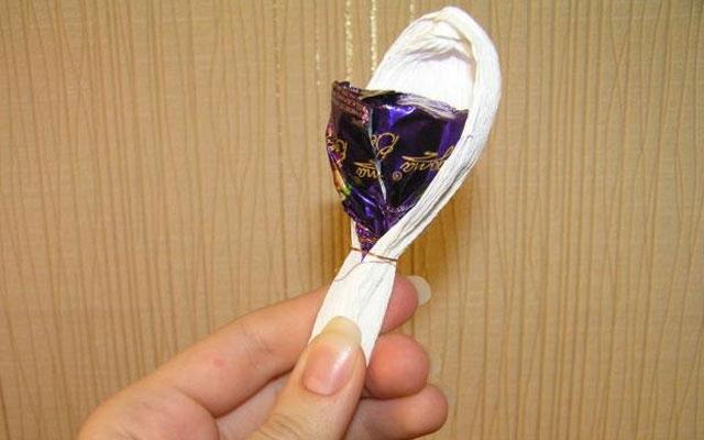 Крокусы из конфет своими руками пошаговые фото