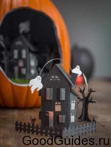 Papercut_Haunted_Mansion_DIY